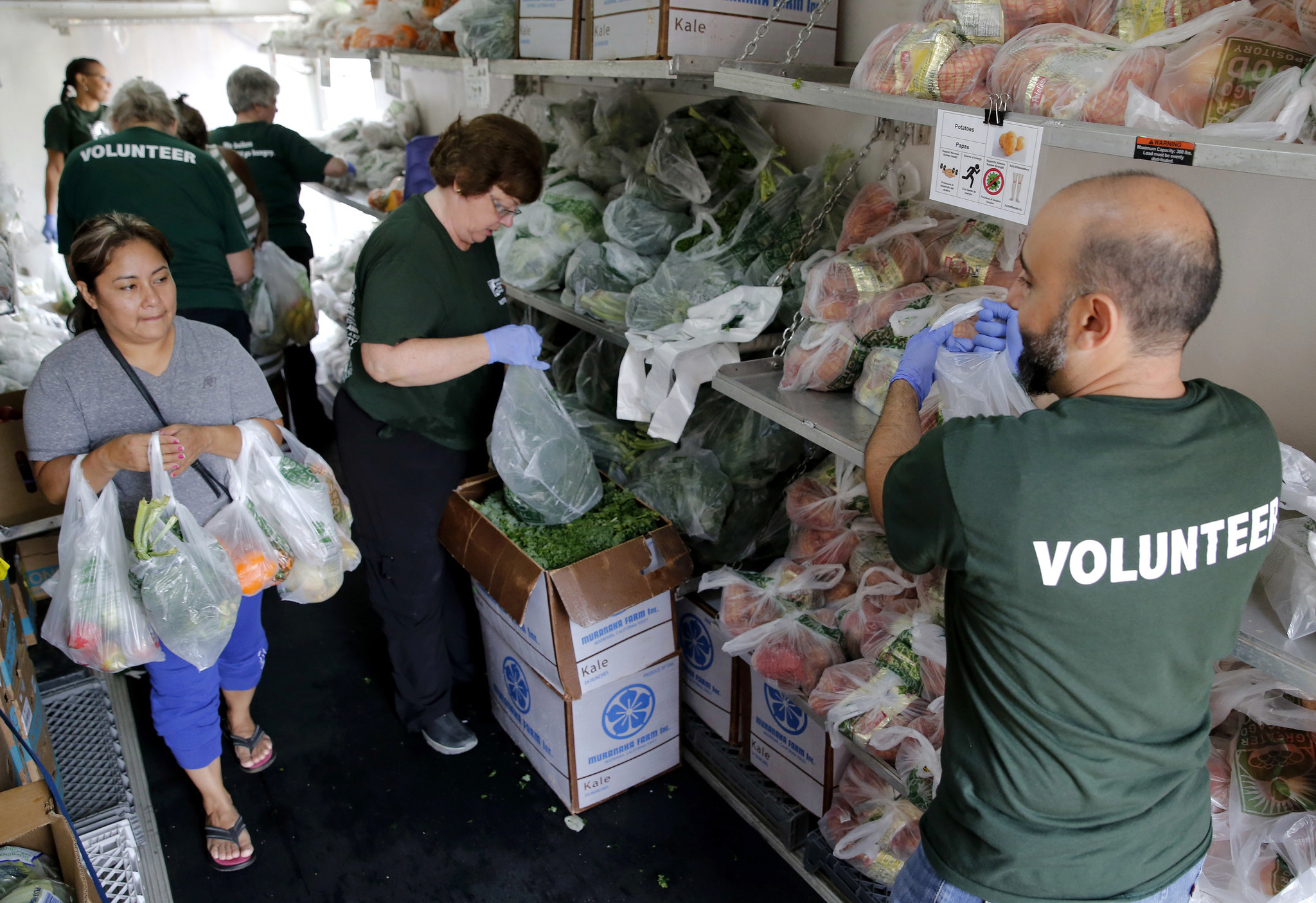 Doctors prescribe fresh produce with help from food banks