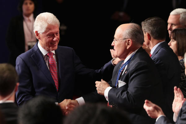 Clinton with Giuliani (Getty photo via LA Times)
