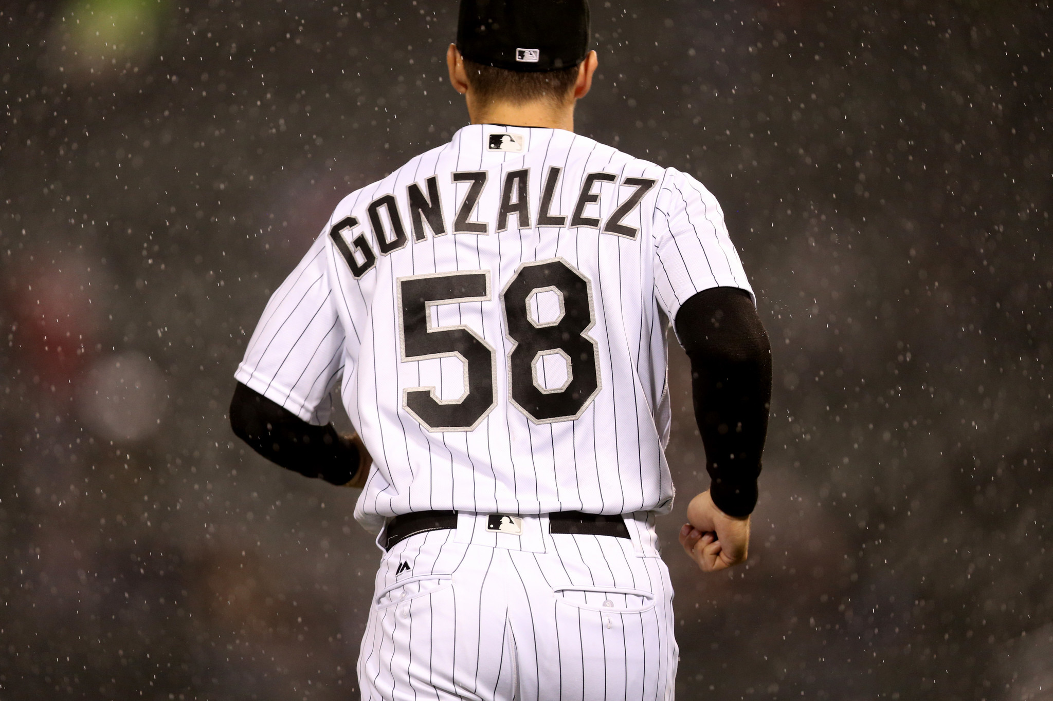 Ct-gonzalez-frazier-lift-white-sox-spt-0929-20160928