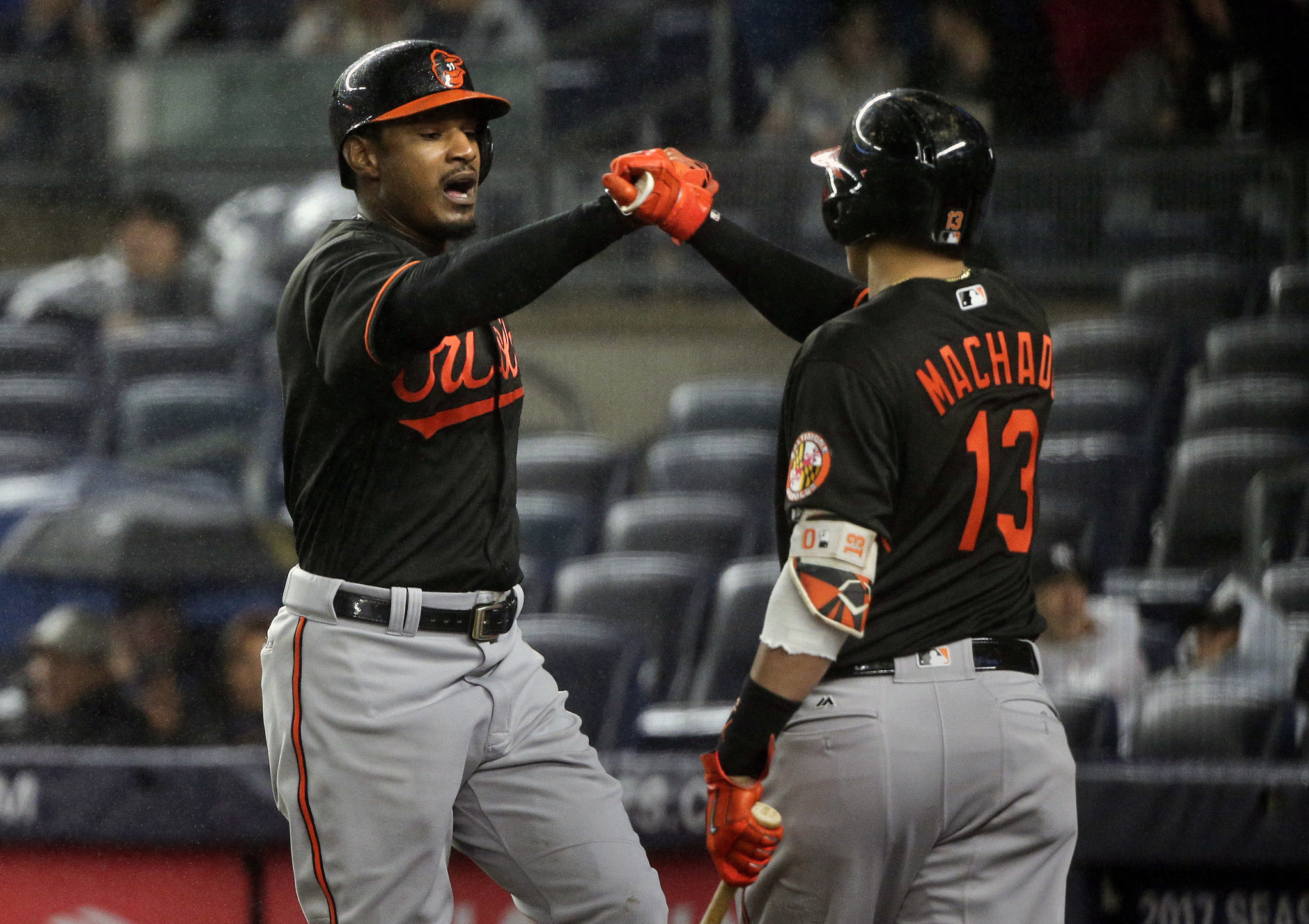 Bal-orioles-recap-birds-move-closer-to-wild-card-berth-with-8-1-win-over-yankees-20160930