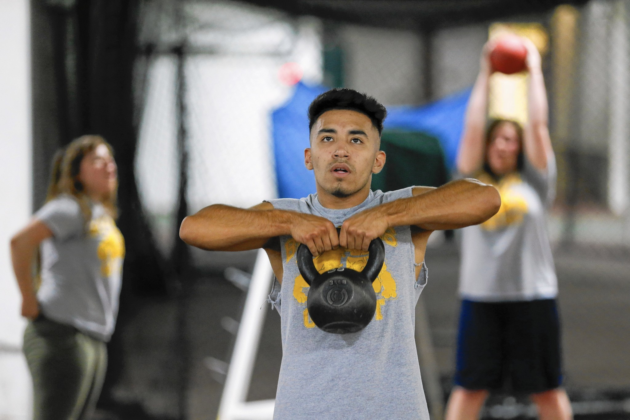 CrossFit workout fad powers its way into school PE classes