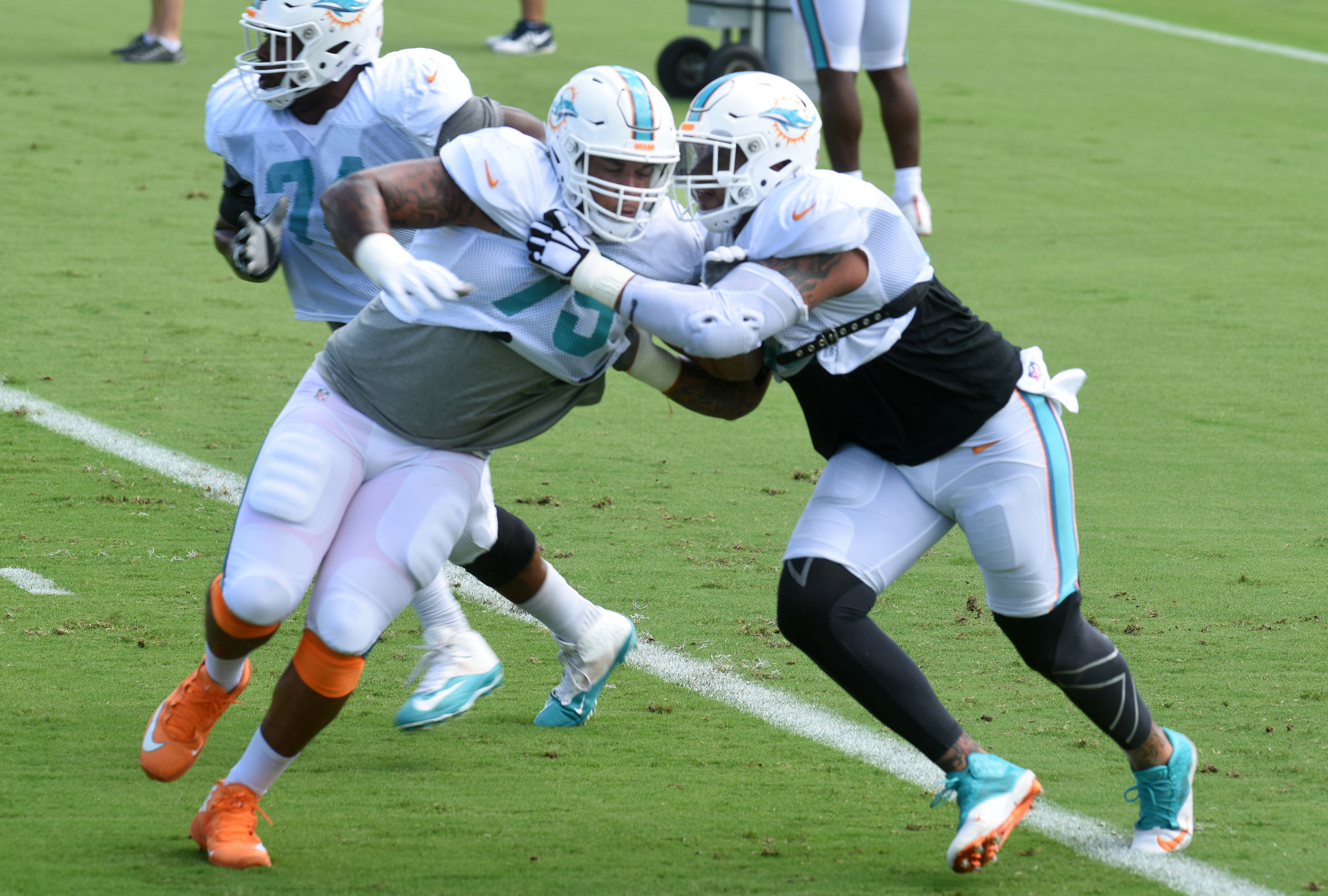 Dolphins hope Pouncey s return can jump start struggling offense