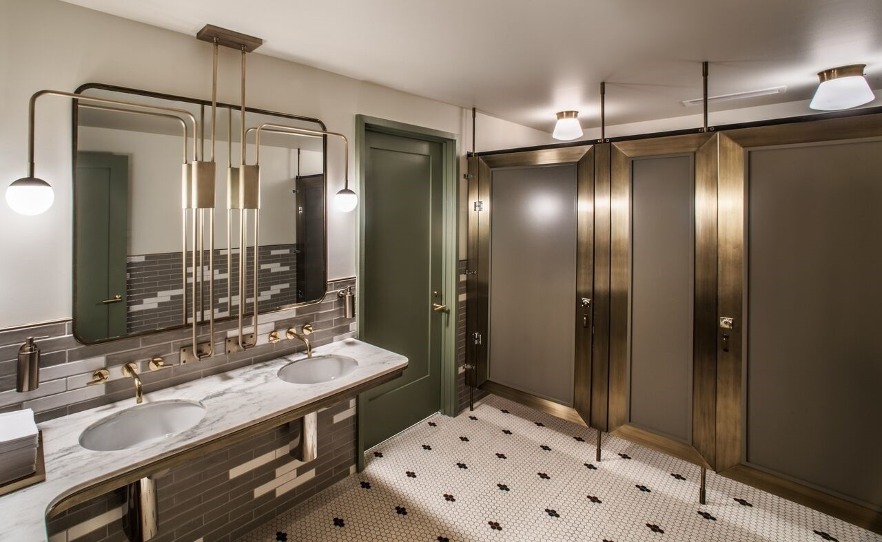 2 chicago restaurants named america 39 s best restroom for Bathroom design restaurant