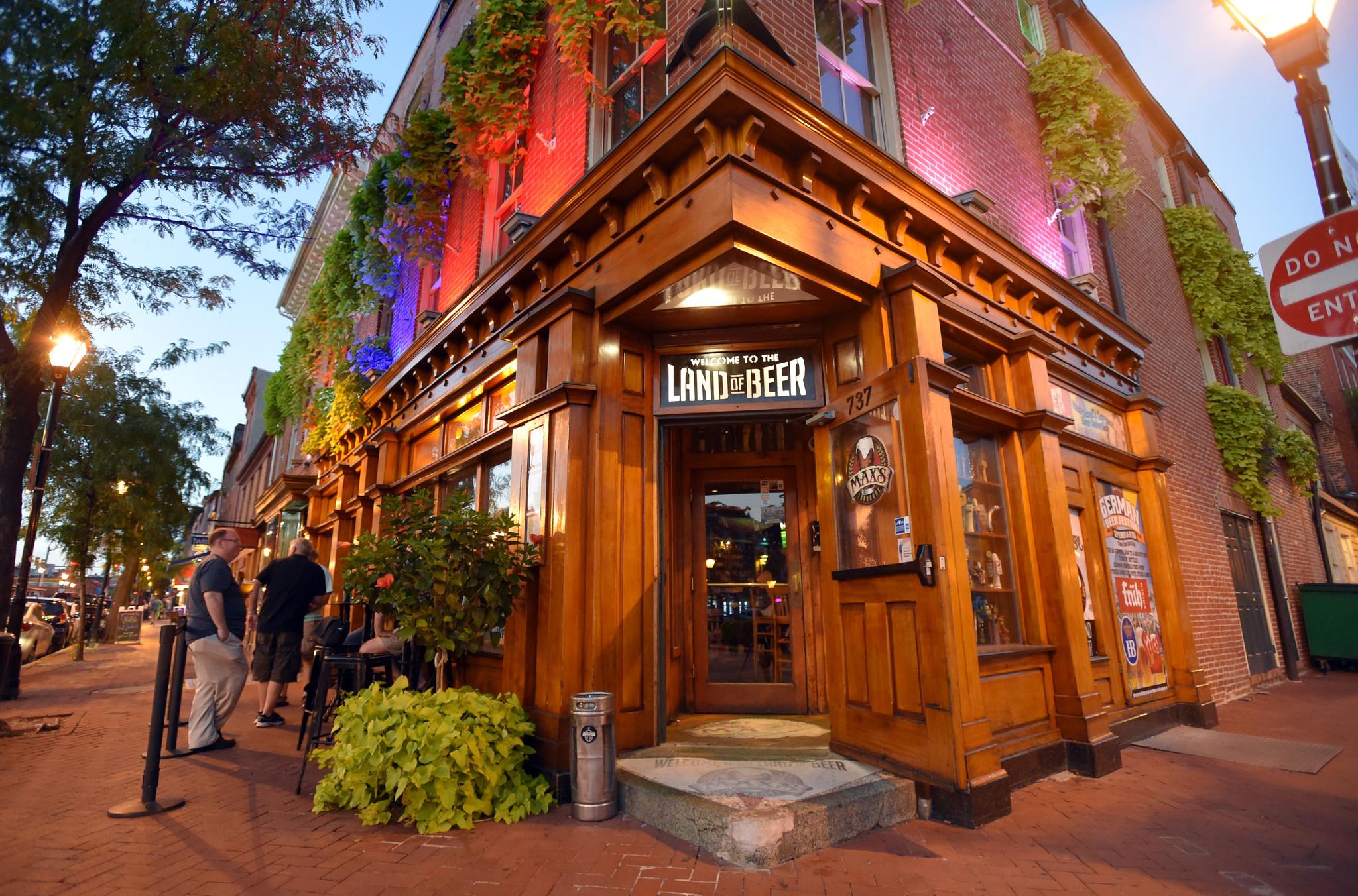 Best Bars Maxs Taphouse Baltimore Sun