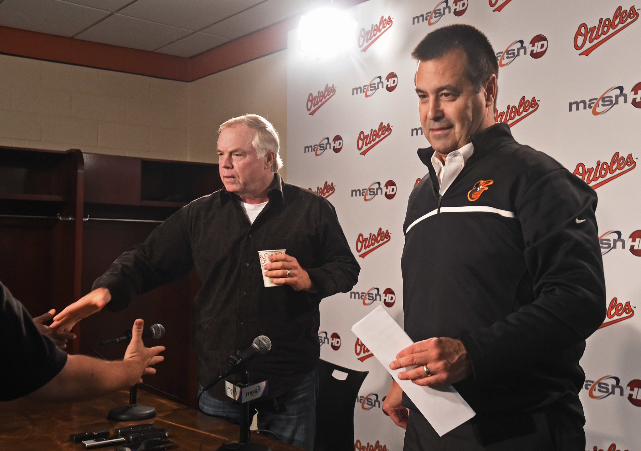 Bal-schmuck-duquette-indicates-orioles-might-not-have-big-changes-in-store-for-2017-20161006