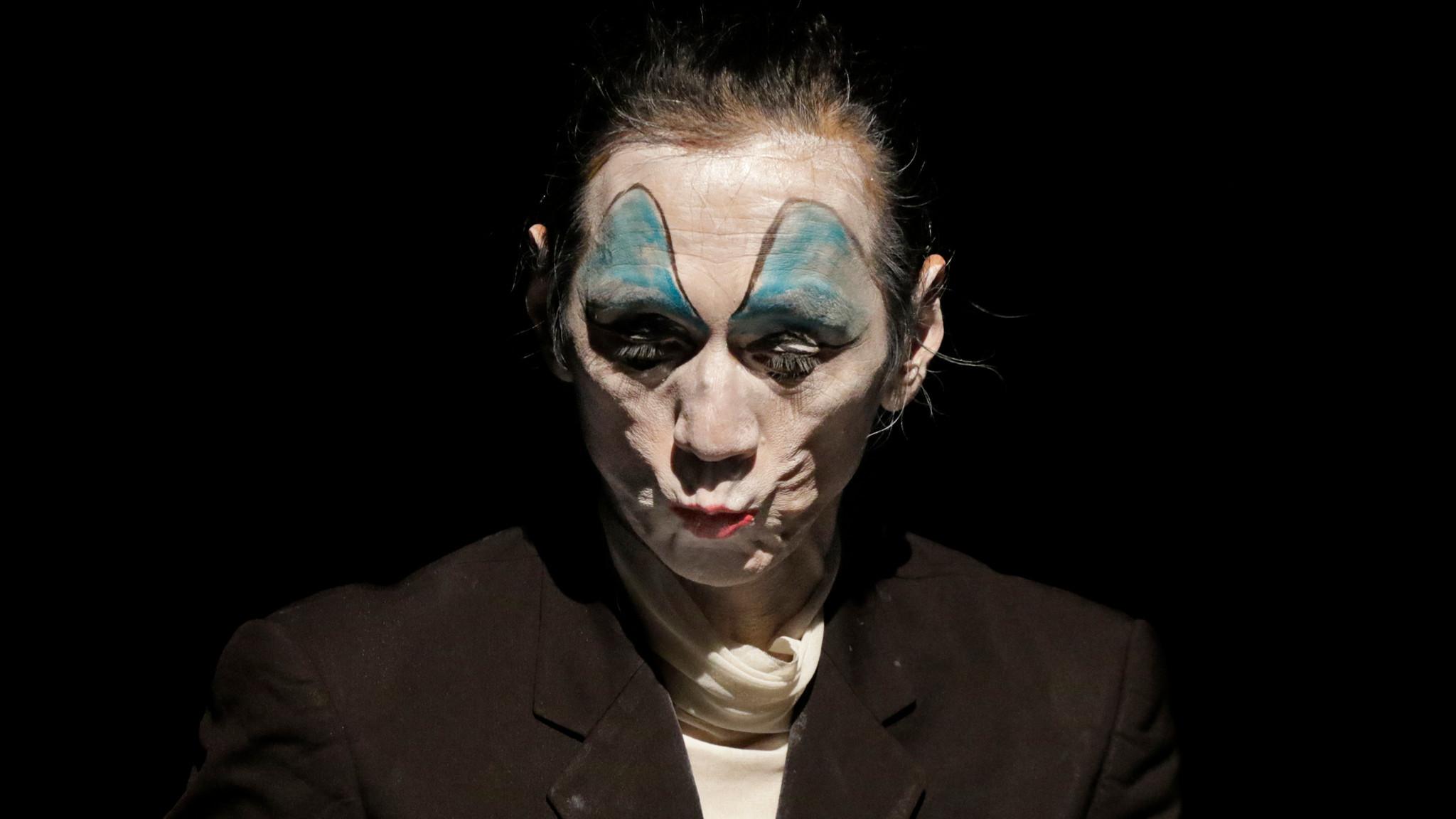 Takao Kawaguchi performs as a visual echo of Kazuo Ohno.