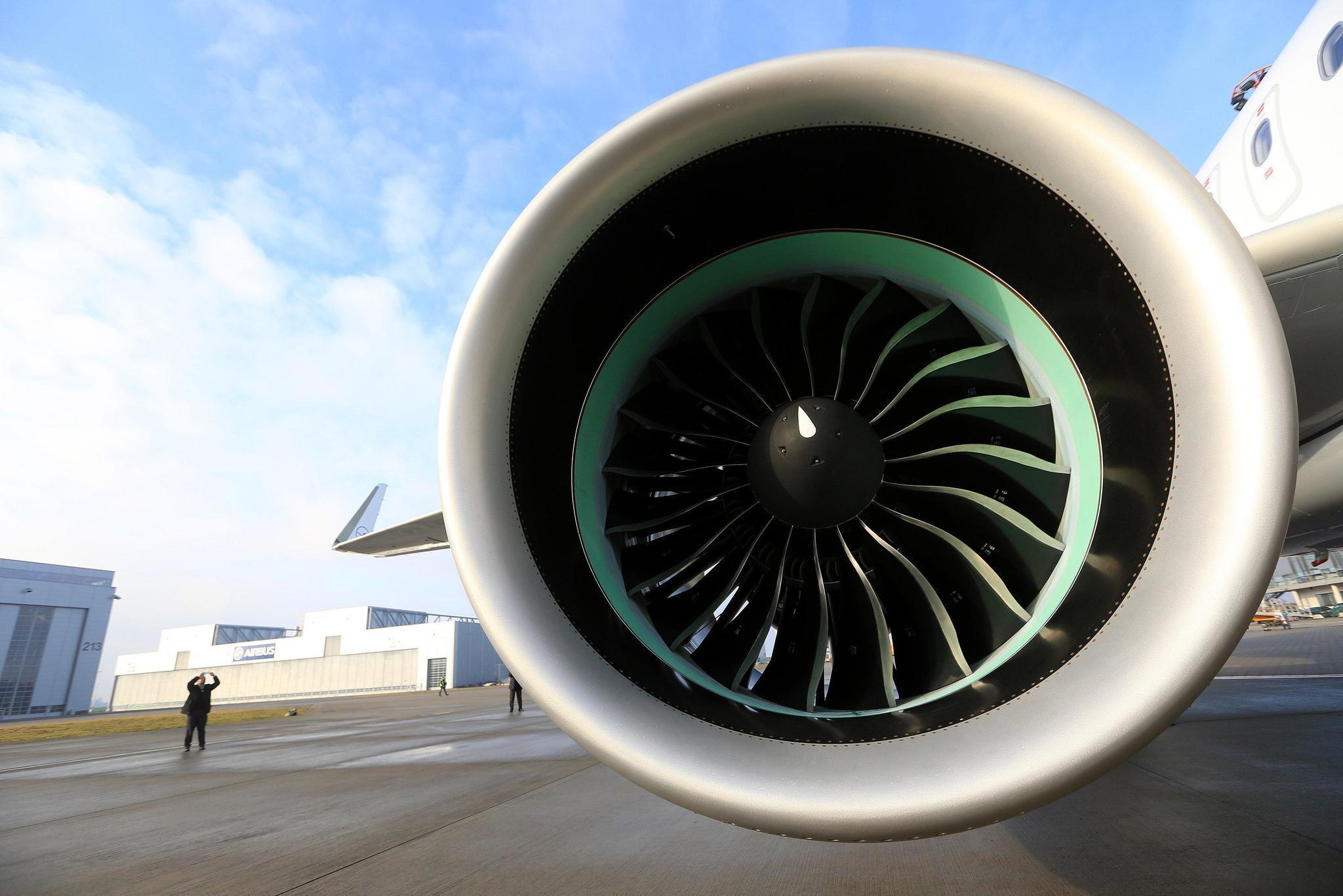 Pratt s $10 Billion Jet Engine Stumbles In Bid To Dethrone GE