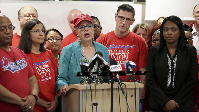 Chicago Teachers Union, School Board Reach Tentative Contract
