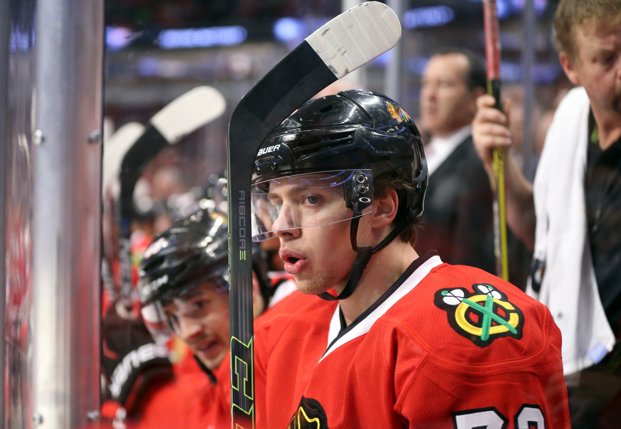 Ct-blackhawks-preview-young-forwards-spt-1012-20161011