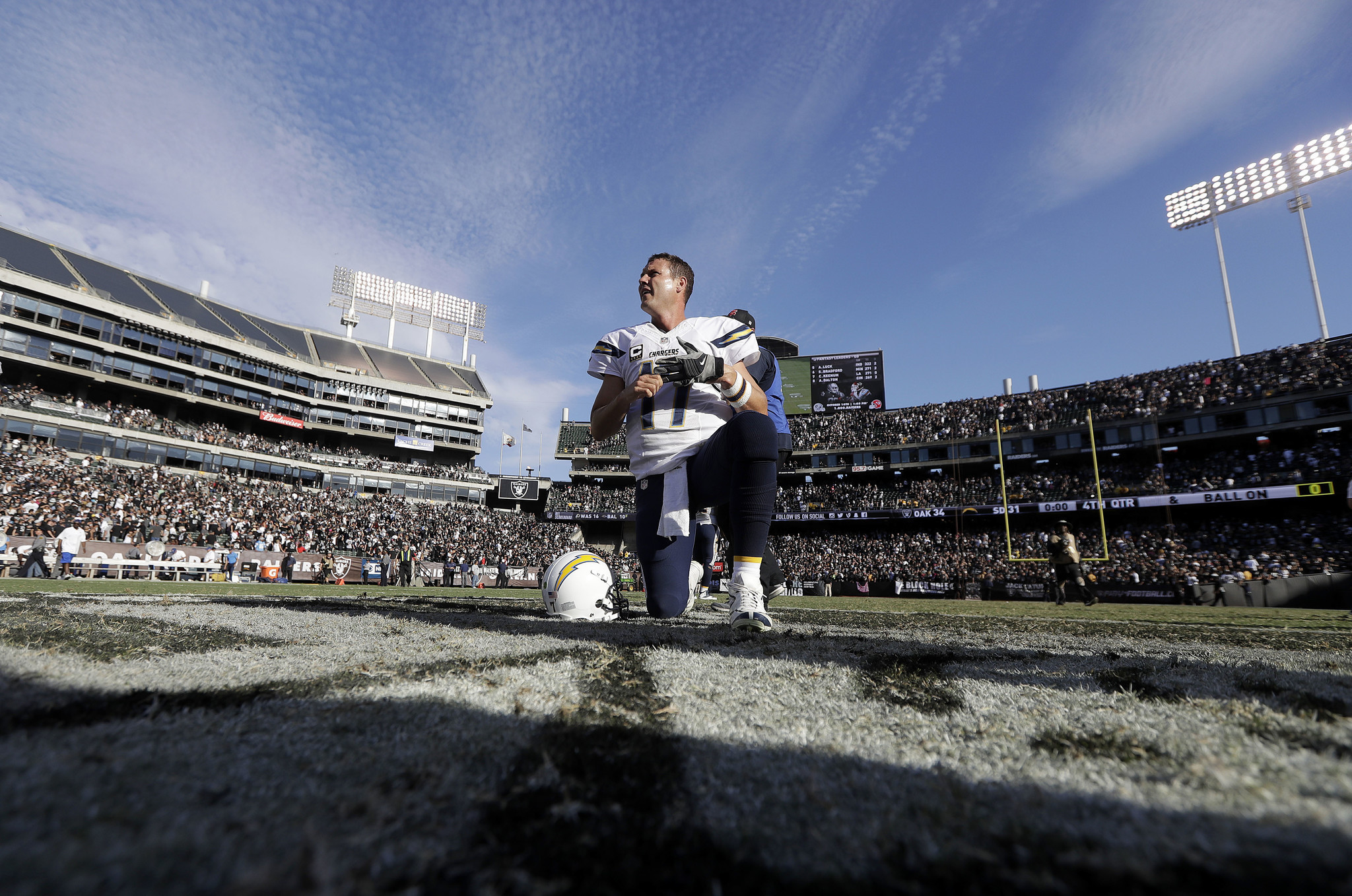 Sd-sp-chargers-broncos-five-20161012