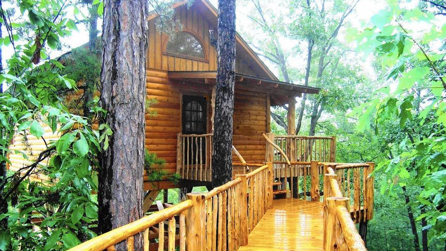 Quirky places to stay from treehouses to caves chicago tribune sisterspd