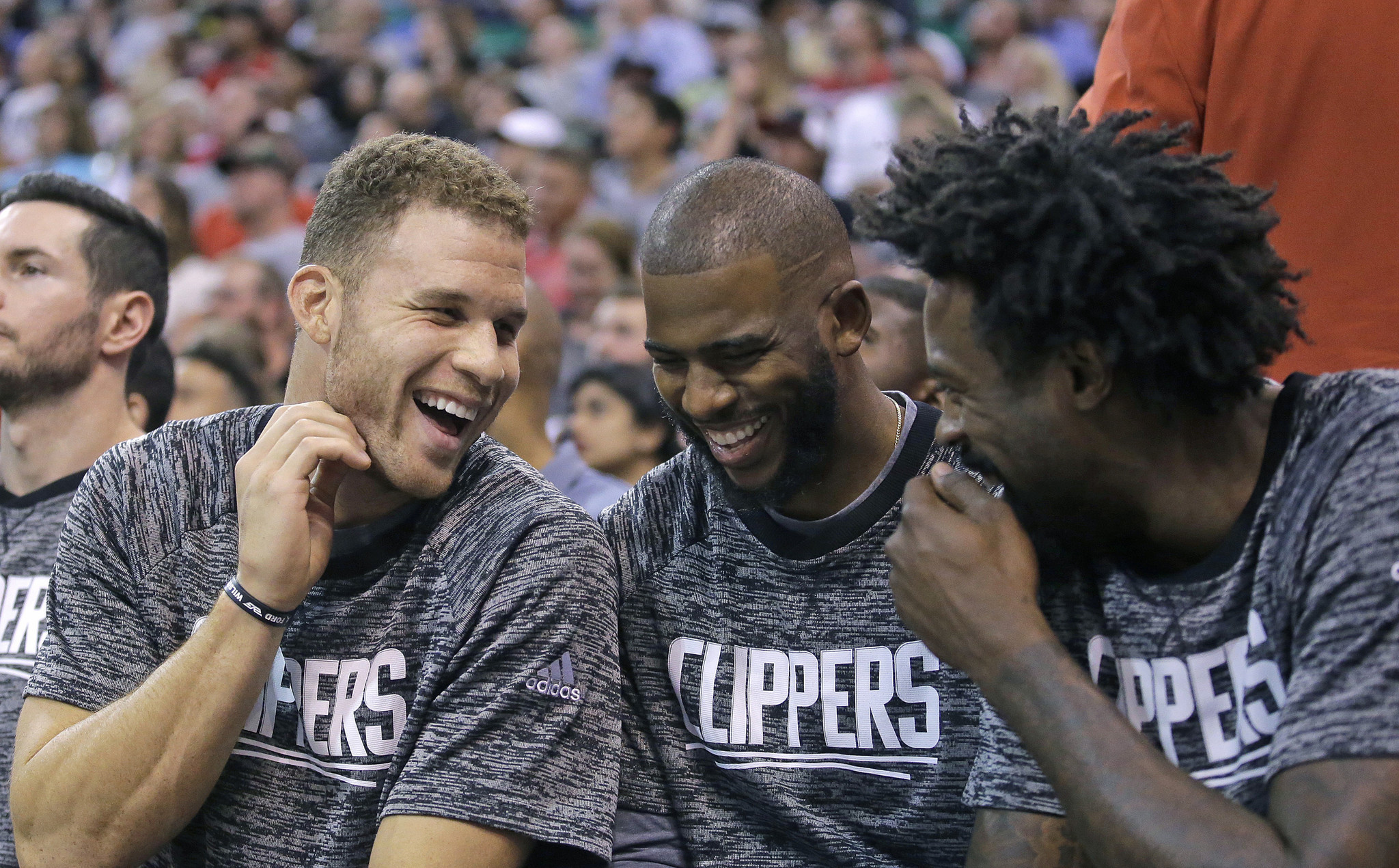 La-sp-clippers-report-20161019-snap