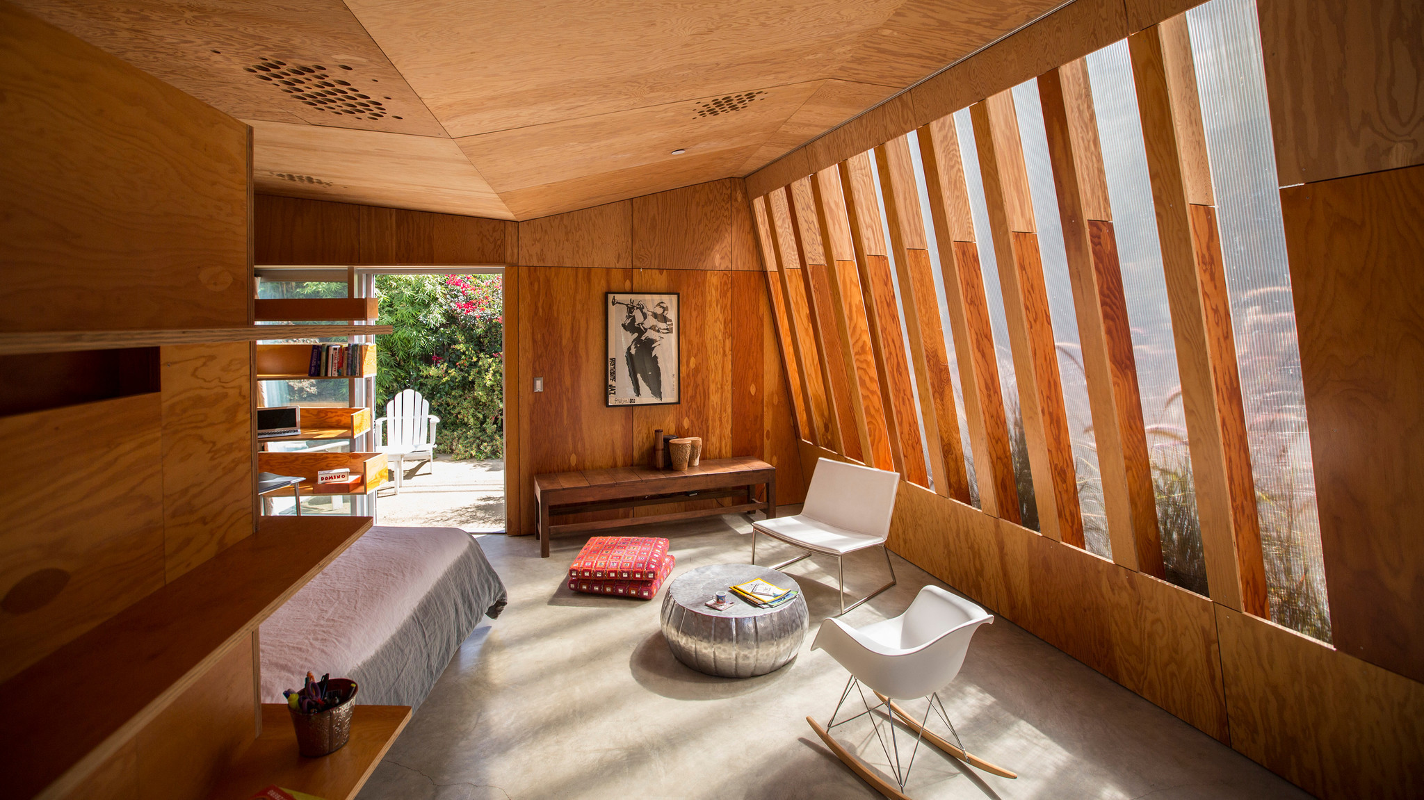 this new guesthouse is a mere 380 square feet — but still feels