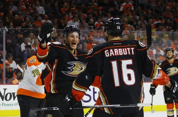 Ducks Beat Flyers, 3-2, For First Win Of The Season