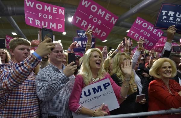 (Mandel Ngan / AFP/Getty Images)