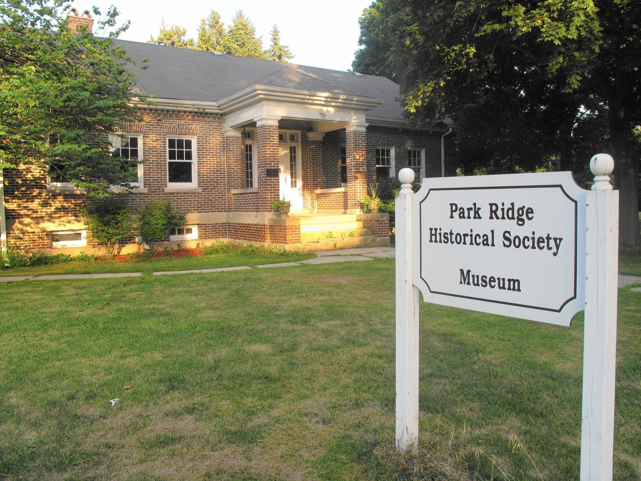 Park ridge historical society park district to share Cottage construction costs