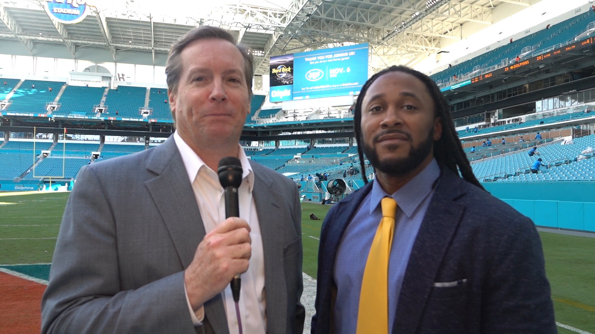 Fl-dolphins-kelly-hyde-video-10232016