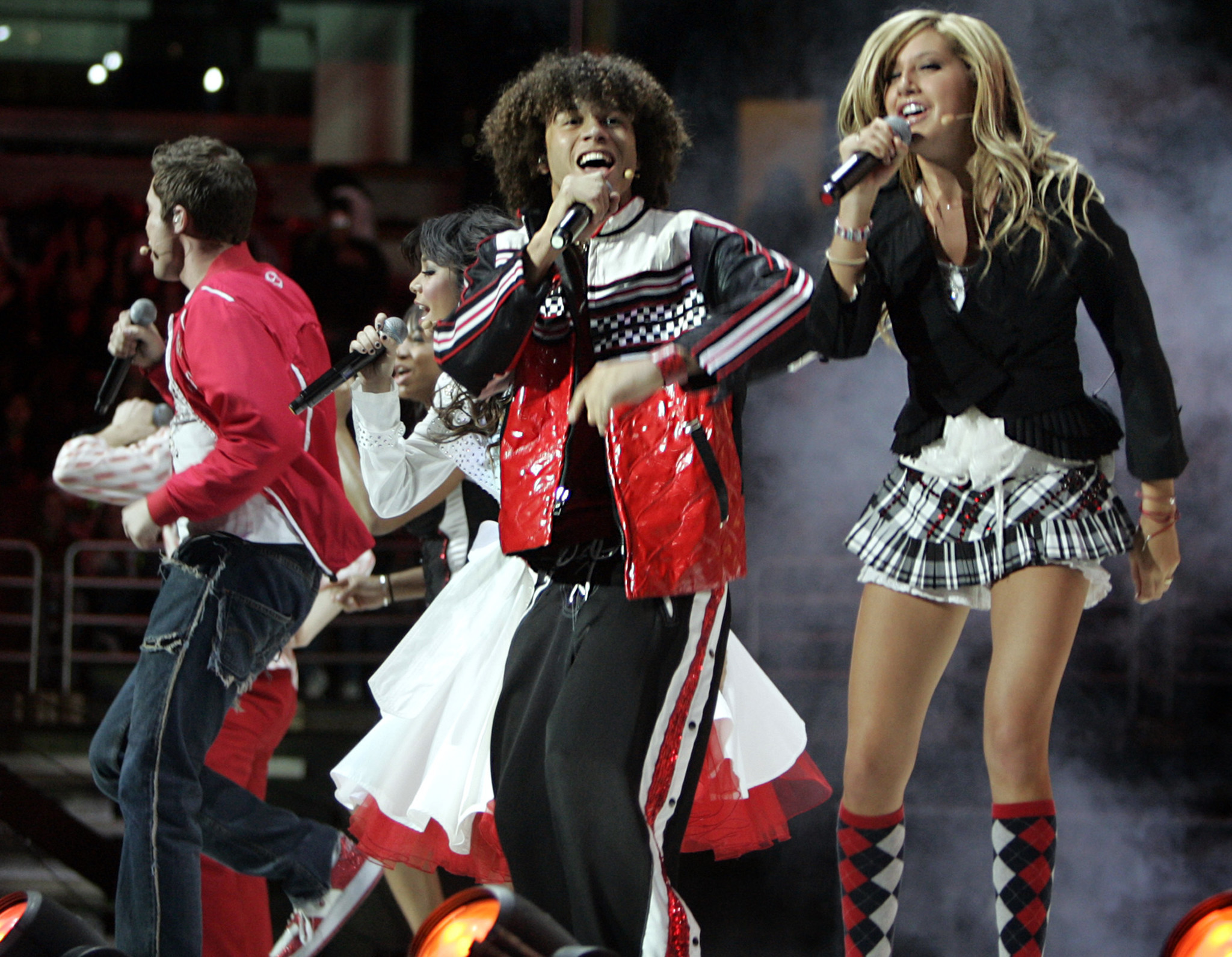 Corbin Bleu, left, and Ashley Tisdale, right, in High School Musical at the Honda Center in Anaheim on Jan. 26, 2007.