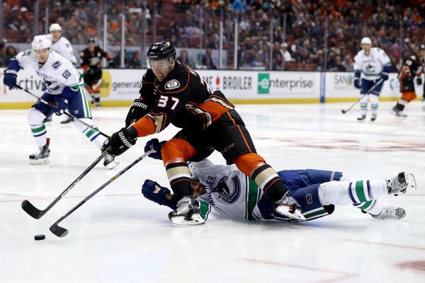 Nick Ritchie Is Part Of Ducks' Improved Chemistry