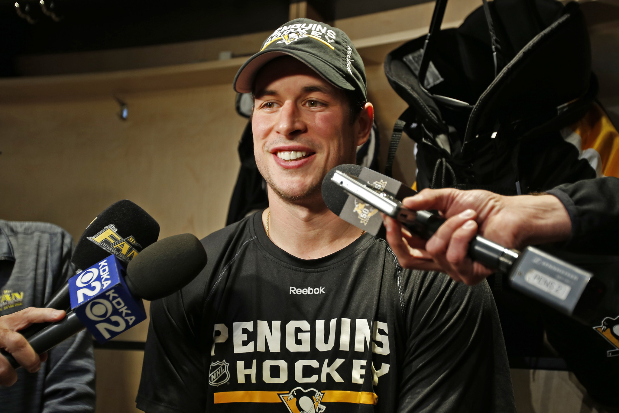 Sfl-penguins-star-sidney-crosby-could-return-tonight-against-panthers-20161025