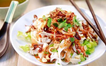 Chicken pho noodle salad (phở gà trộn)