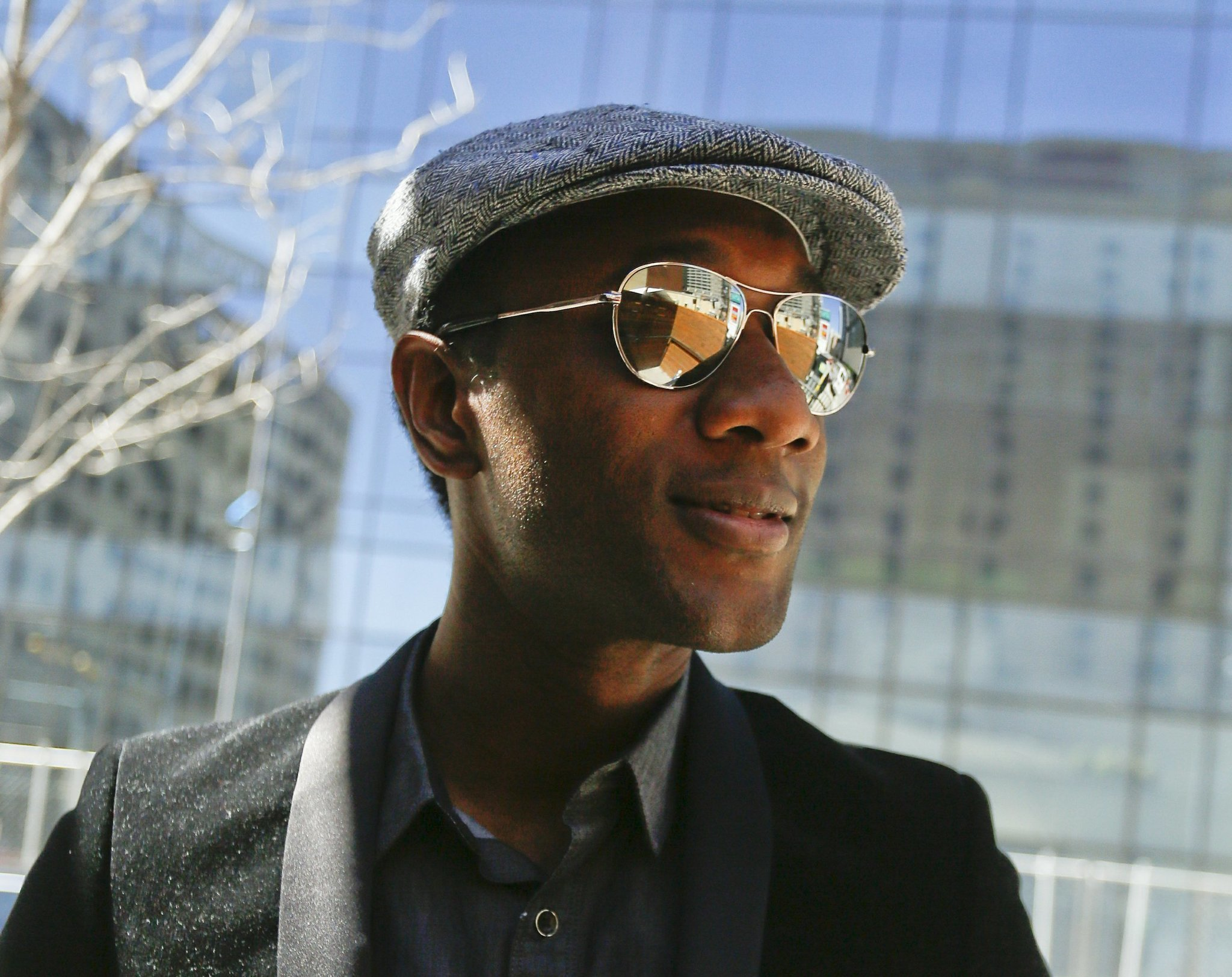 Singer Aloe Blacc To Light Christmas Tree At Macy 39 S On State Street Chi