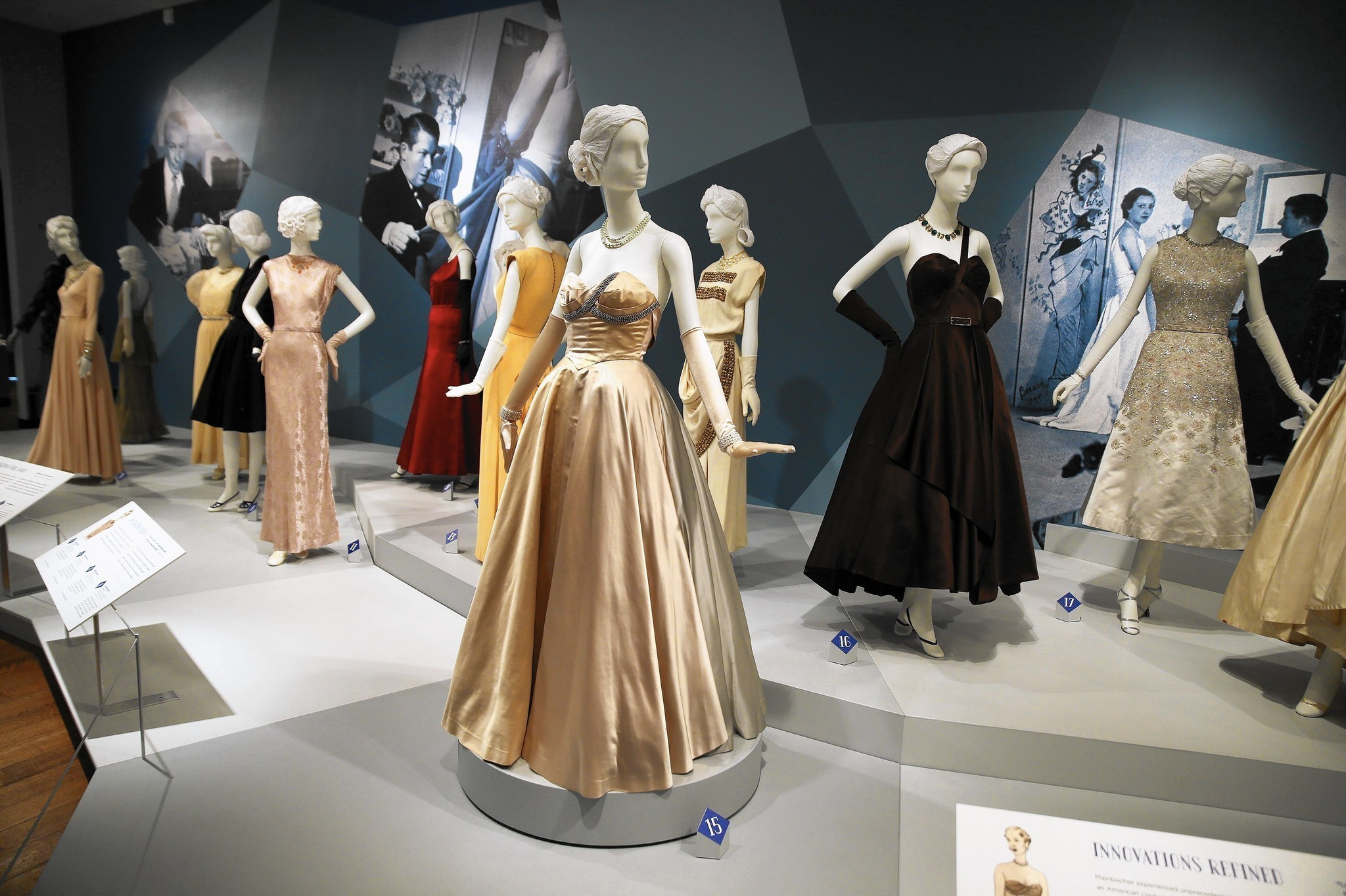 Chicago History Museum Focuses On Chicago Born Fashion Designer Mainbocher Chicago Tribune