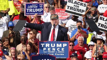 Trump tells Orlando crowd he will win presidency