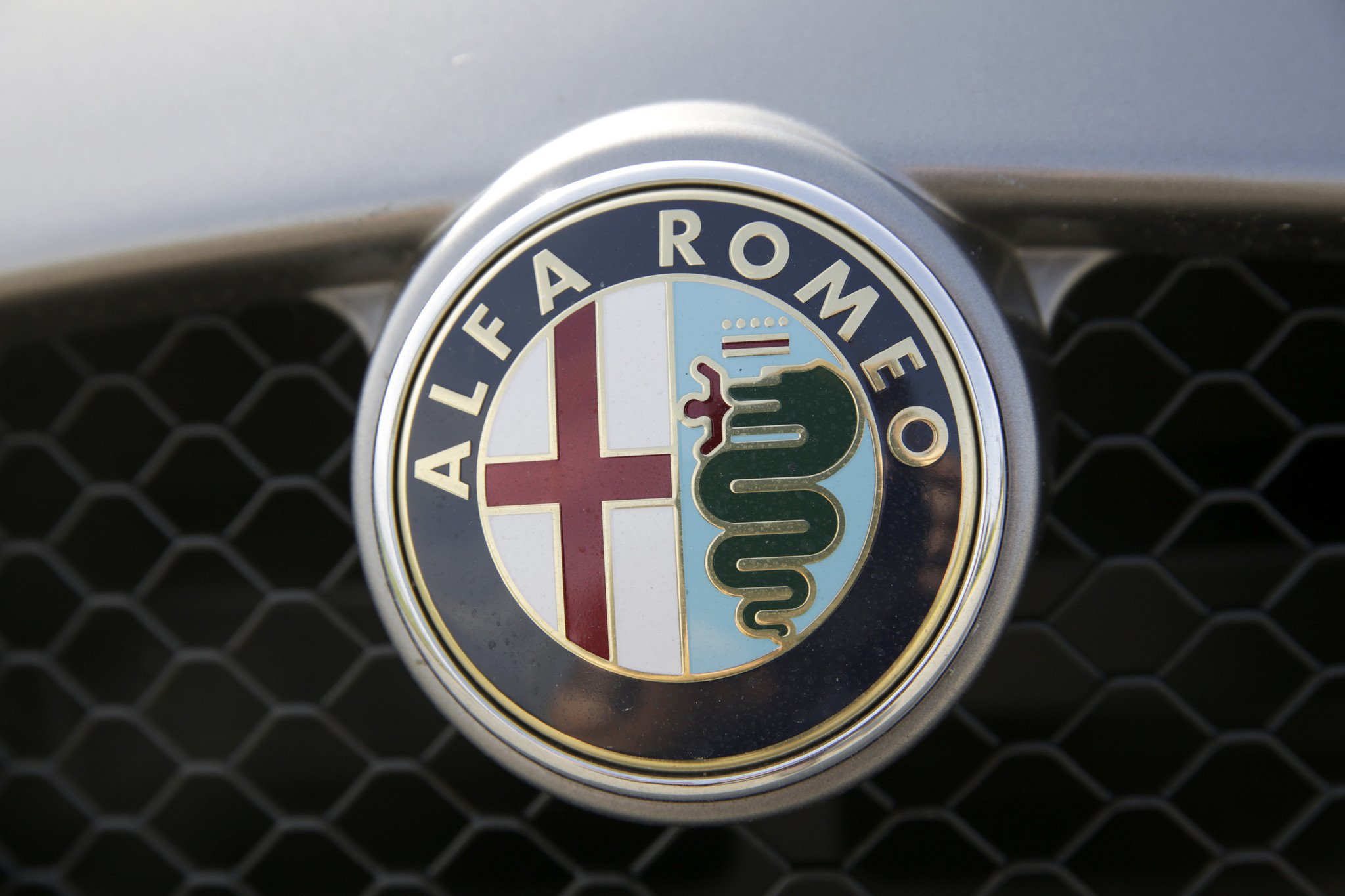 Alfa Romeo Confirms Suv For Next Year Chicago Tribune