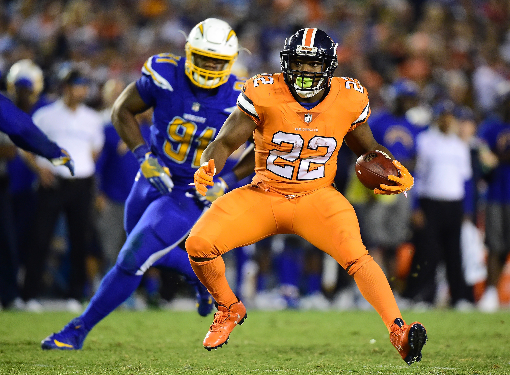 Sd-chargers-broncos-20161026