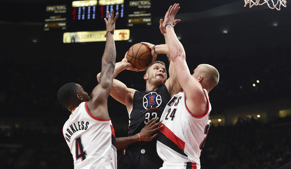 La-sp-clippers-blazers-20161027