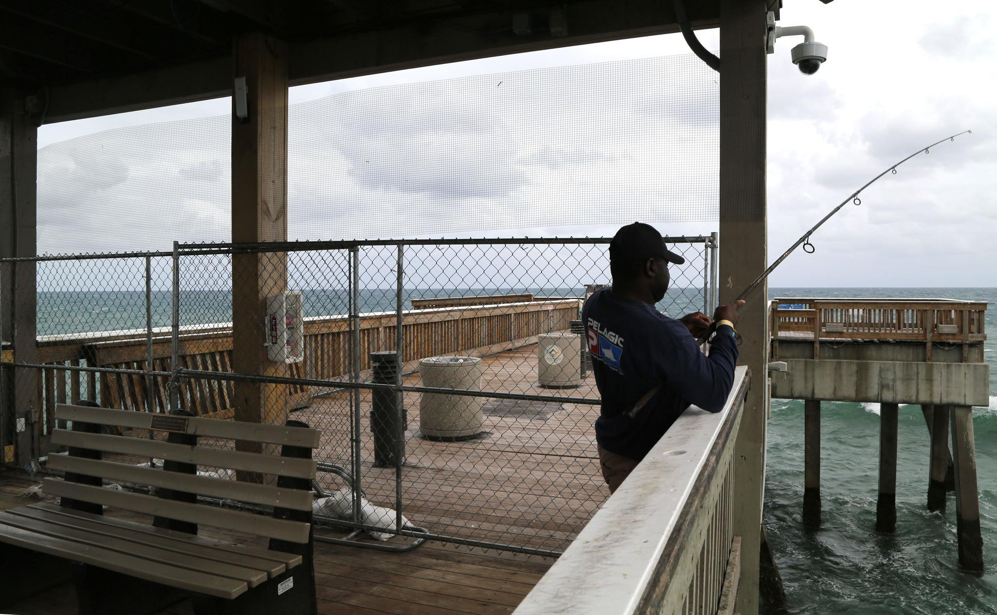 Deerfield ready to fix pier reinstall fishcam pompano for Pompano fishing pier