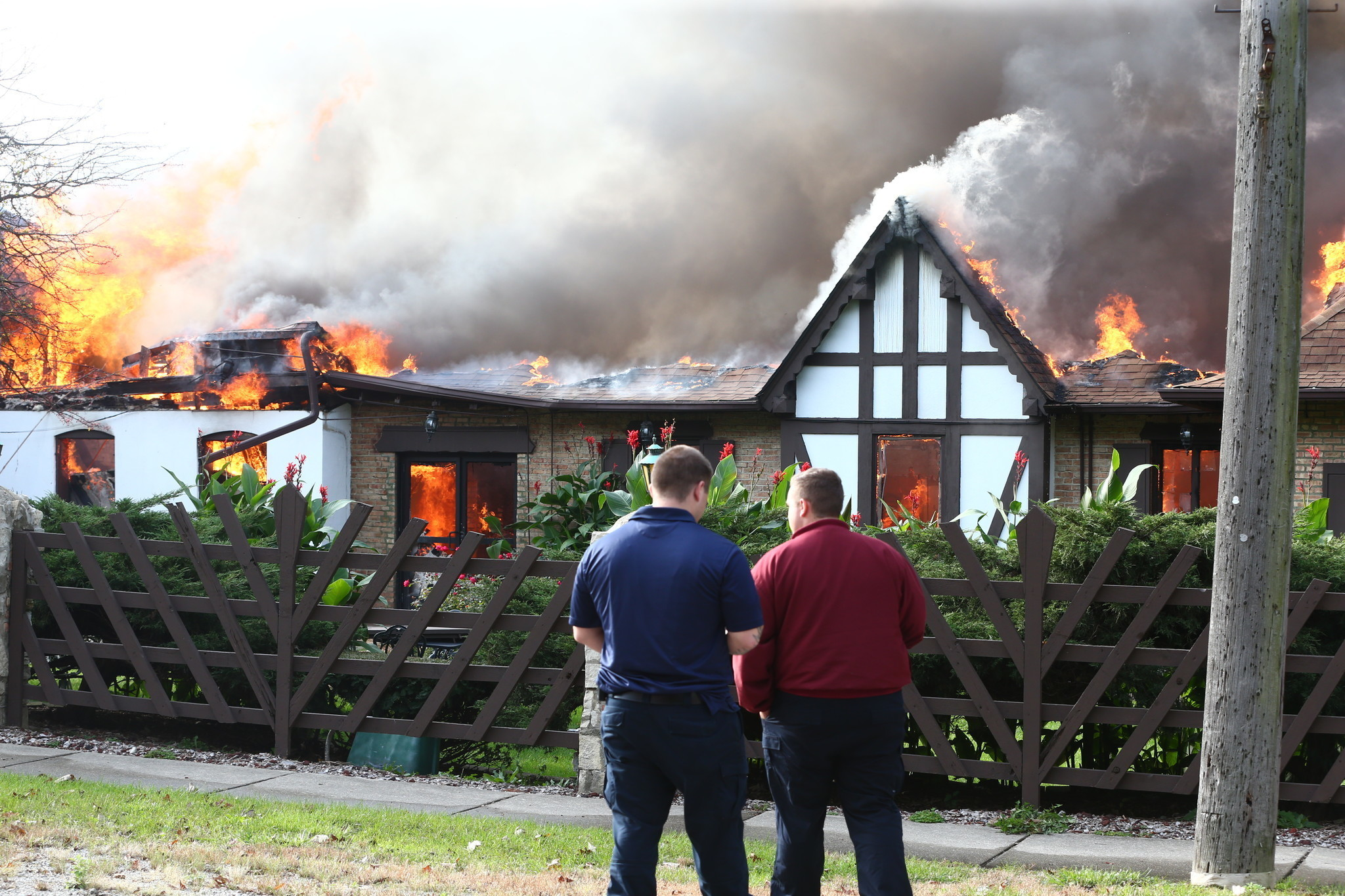 Fire destroys Willowbrook Ballroom - The Doings Western ...