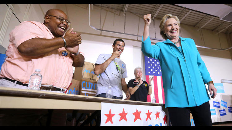 Pictures: Hillary Clinton campaigns in Daytona Beach