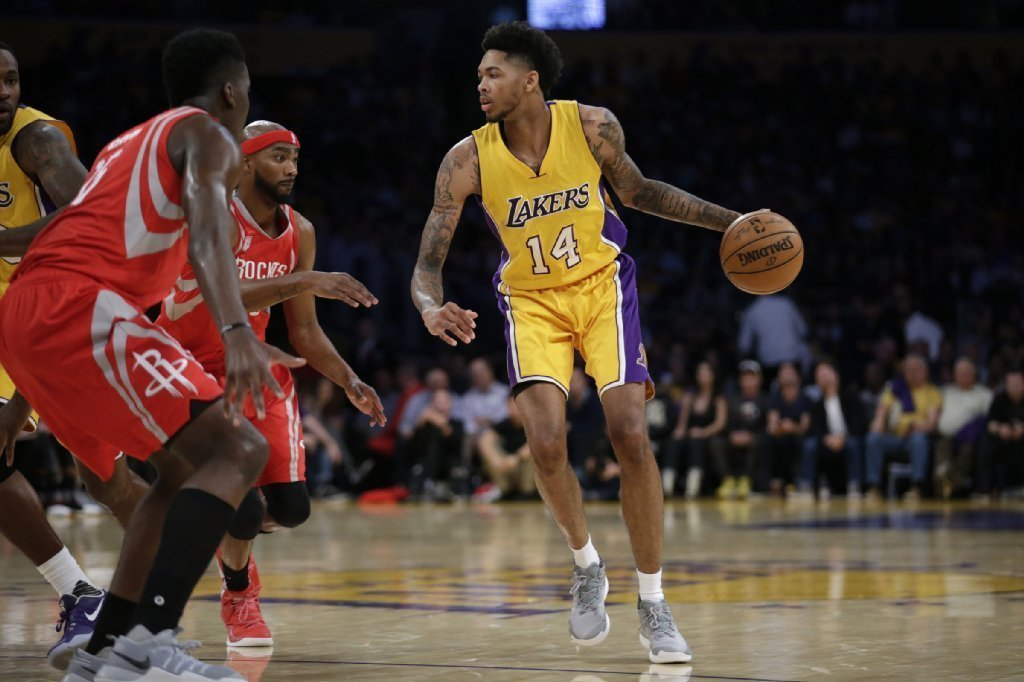 Lakers' Ingram says knee issue is 'nothing really serious' - LA T...