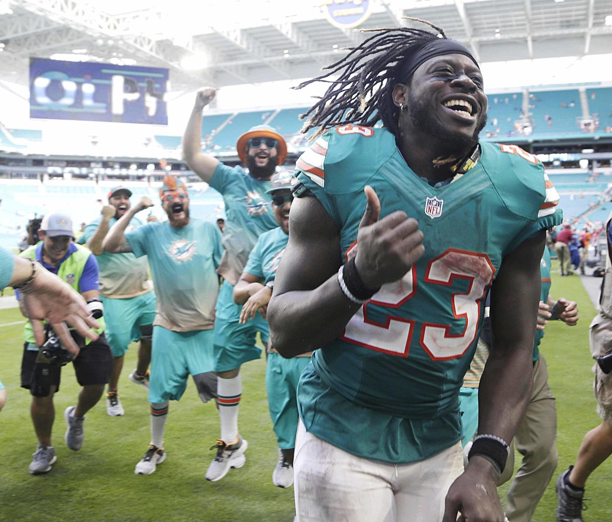 Hyde Jay Ajayi s big run from old world to new hope Sun Sentinel