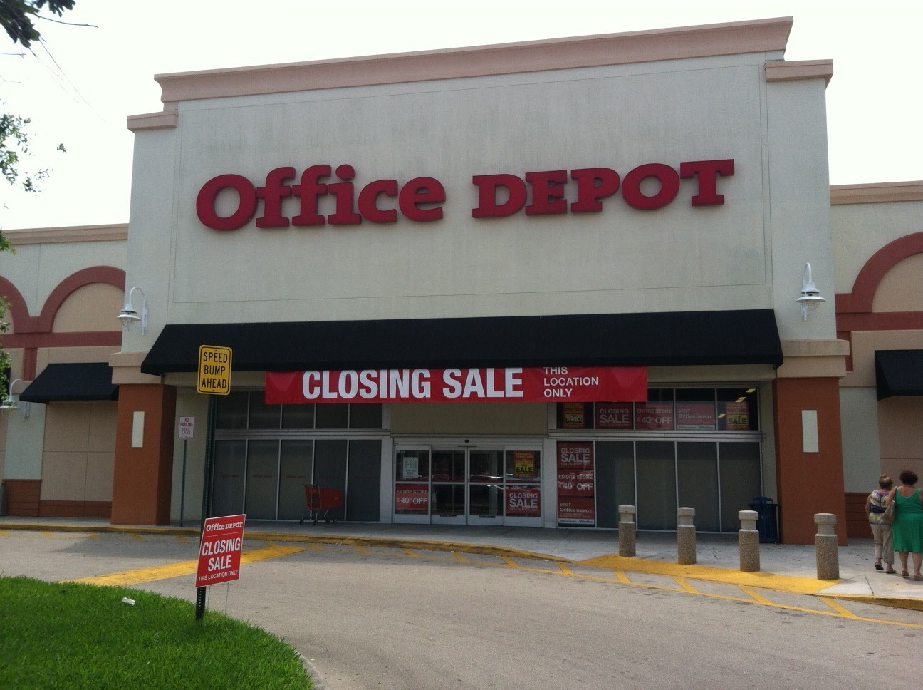 Office Depot #2821   PANAMA CITY BEACH, FL 32407Office Depot #3270   ST  PETERSBURG, FL 33713