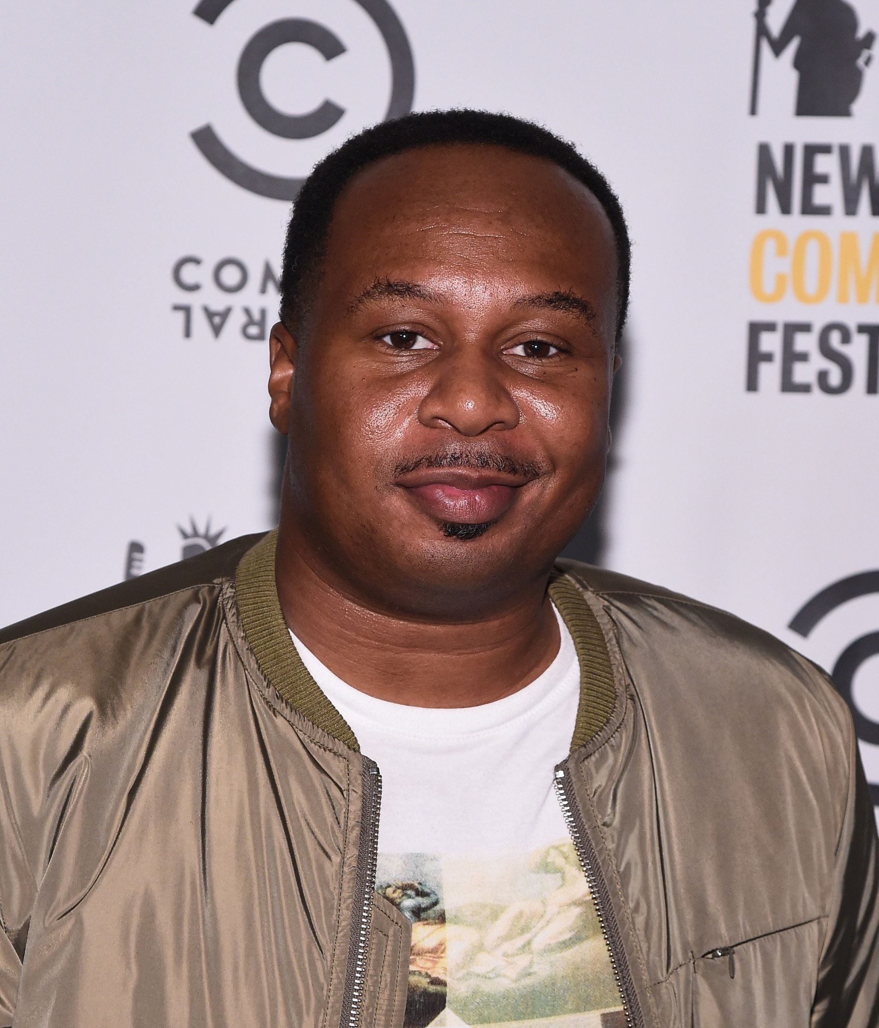 39 The Daily Show 39 S 39 Roy Wood Jr Taking Rain From Game 7 To Ebay Chicago Tribune