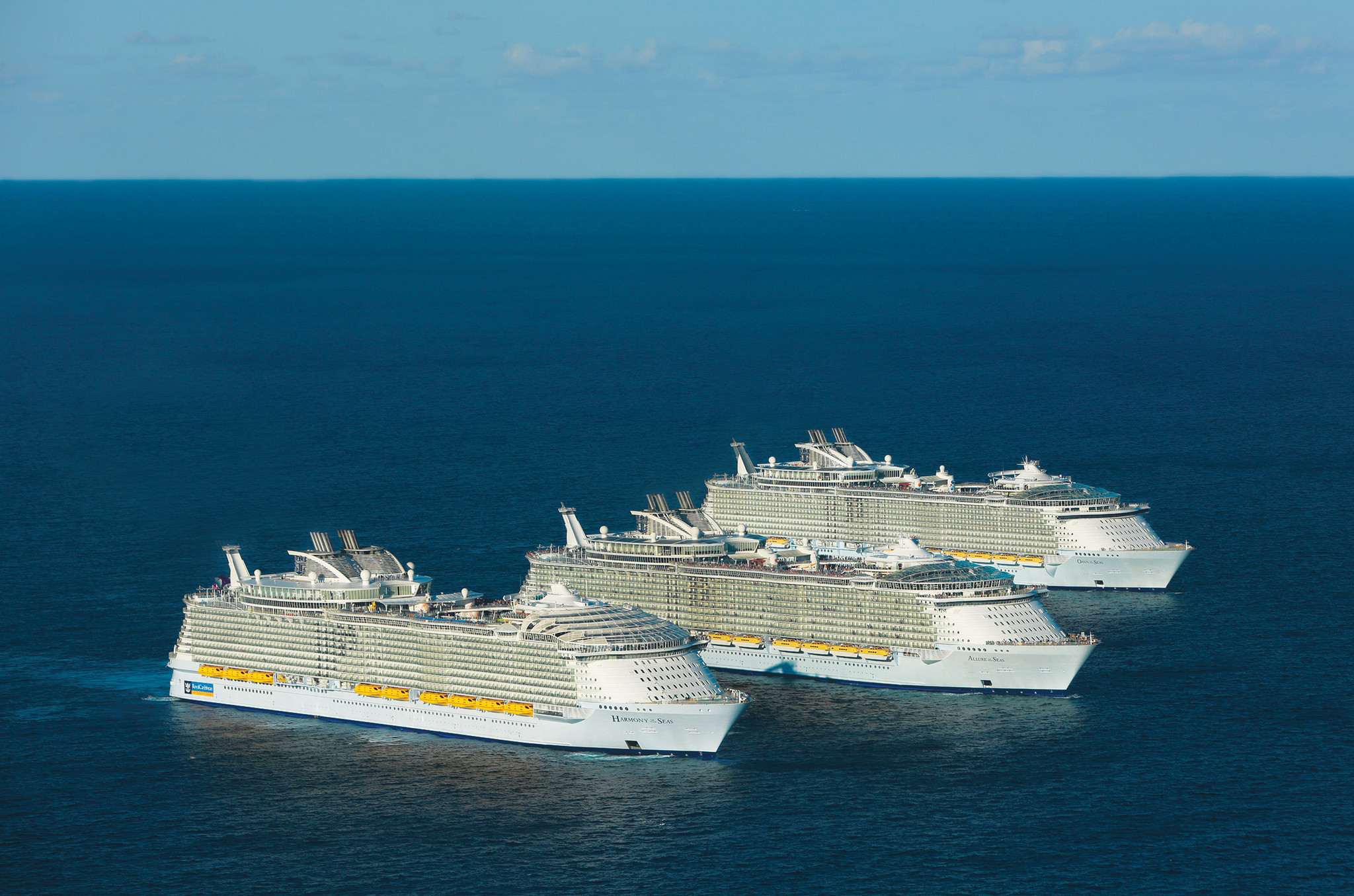 The Three Largest Cruise Ships In The World Take Time Out For A - First cruise ship in the world
