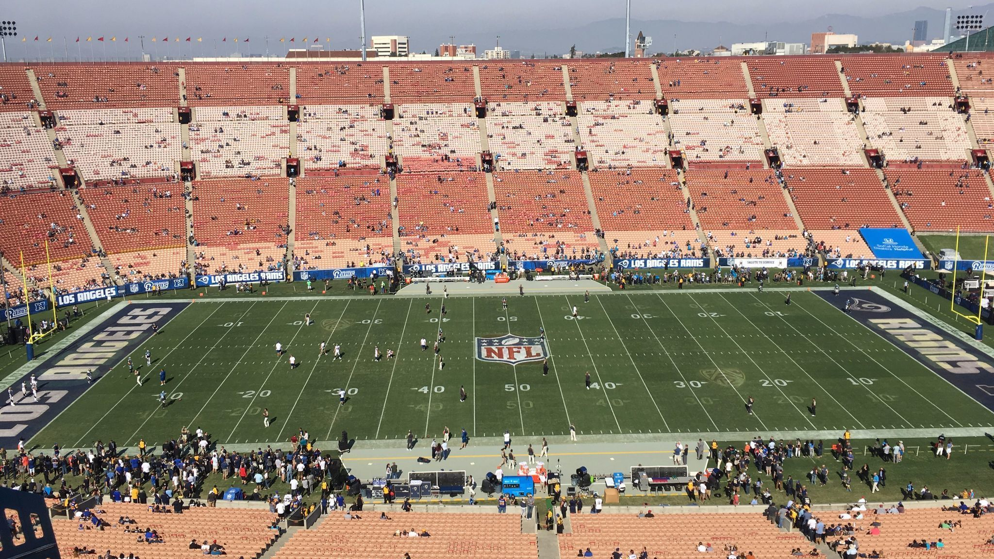 Why The Coliseum Field Looks Weird At The Rams Panthers