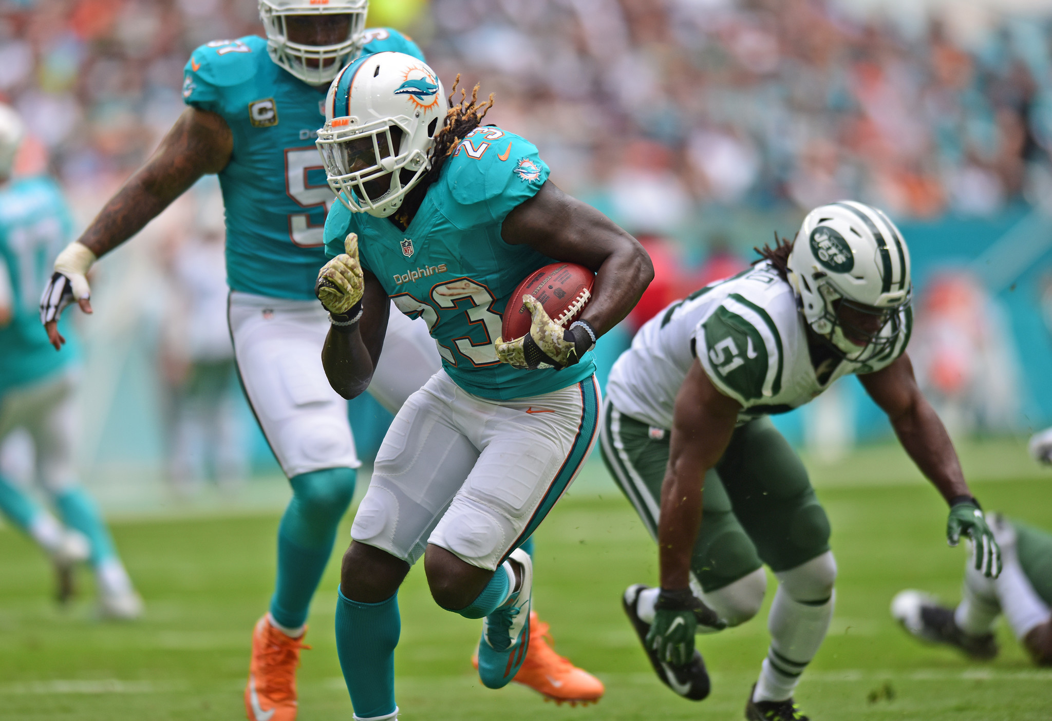 Jay Ajayi and Dolphins offensive line at their best in fourth