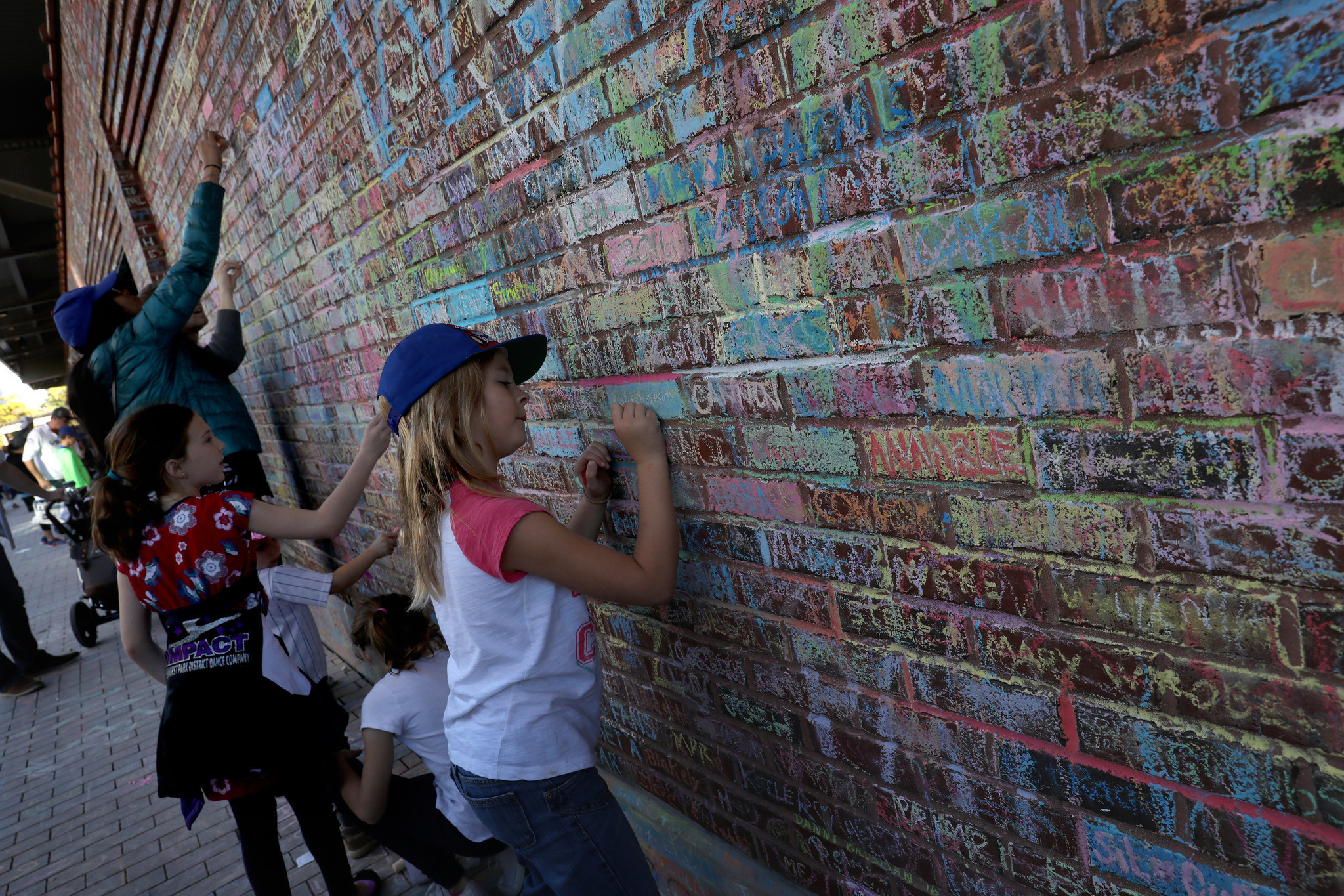 Cubs Plan Removal Of Chalk Messages On Wrigley Field Walls   Chicago Tribune Part 54