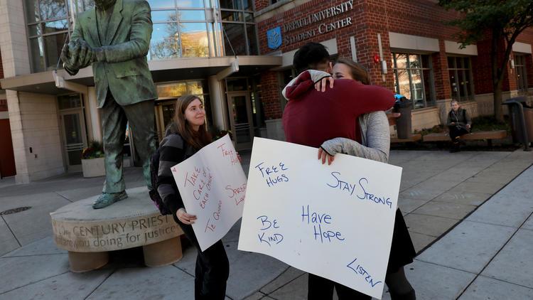 Some Trump detractors struggling with feelings of despair; comfort hugs at DePaul – Chicago Tribune