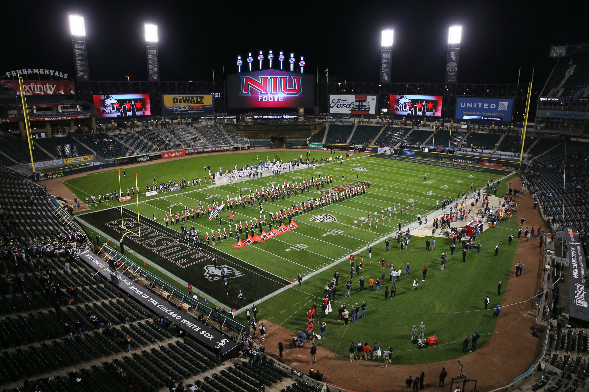 Northern Illinois out of bowl contention after loss to ...