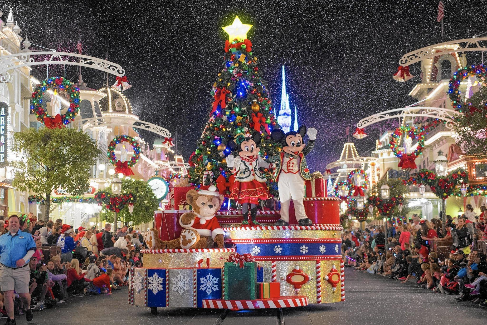mickeys very merry christmas party kicks off at disney orlando sentinel
