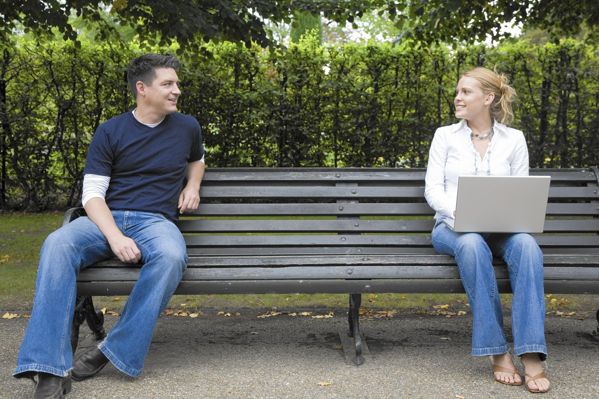 Readers weigh in on power of talking to strangers