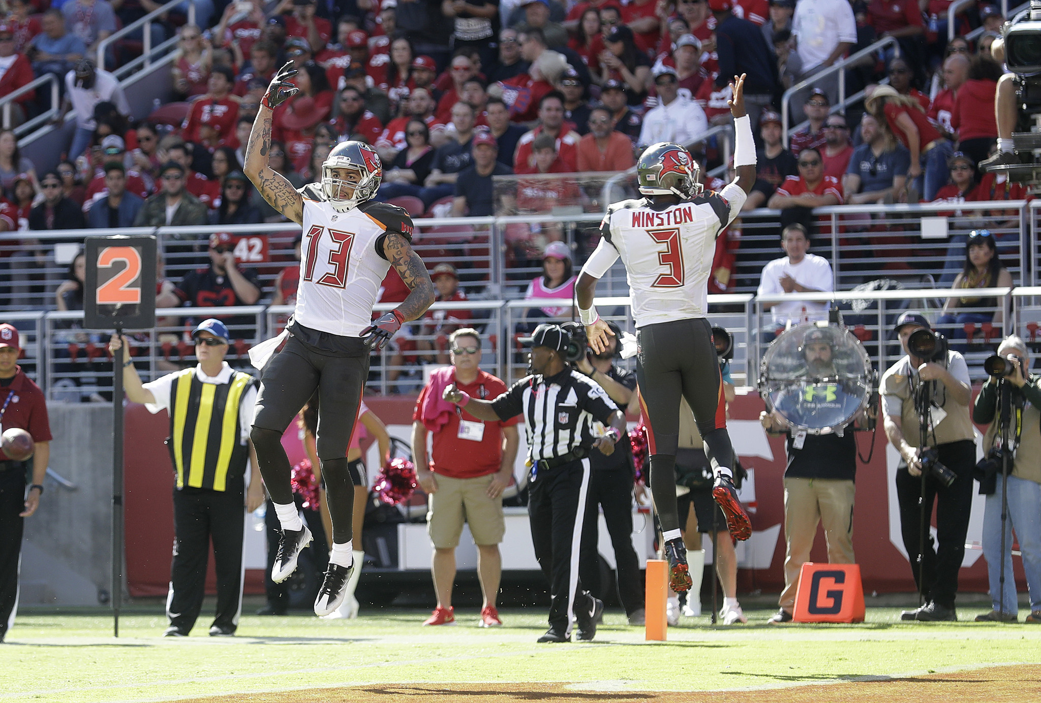 Huddle Up Can Bears defense unplug Jameis Winston Mike Evans