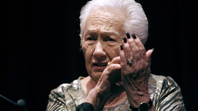 Photo Gallery: Holocaust survivor shares her story
