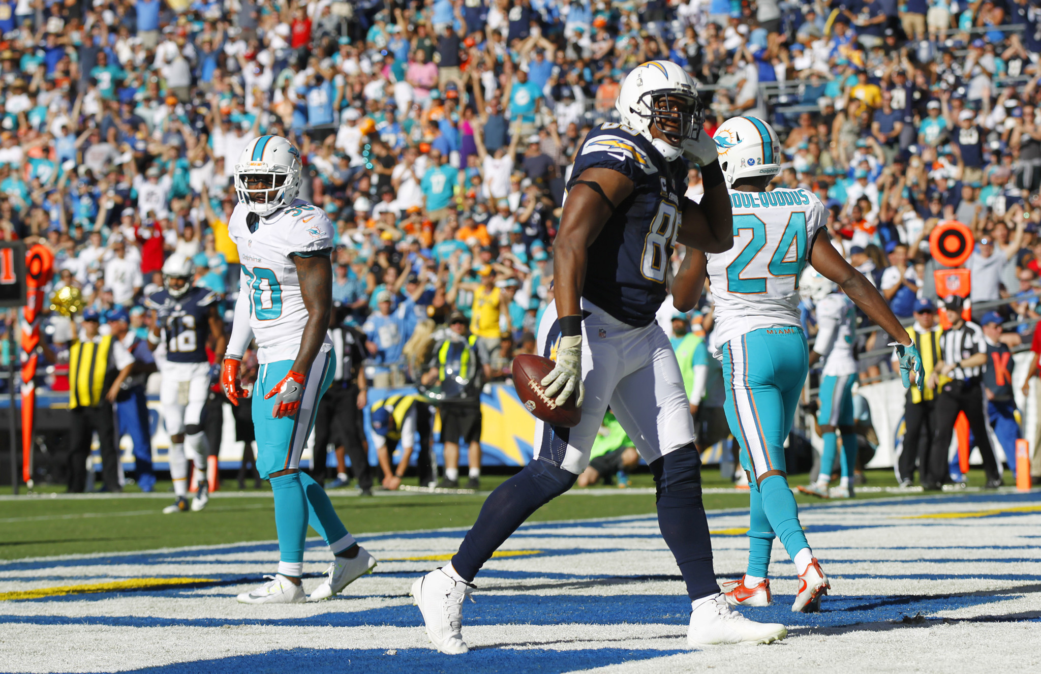 Sd-sp-canepa-chargers-dolphins-20161113