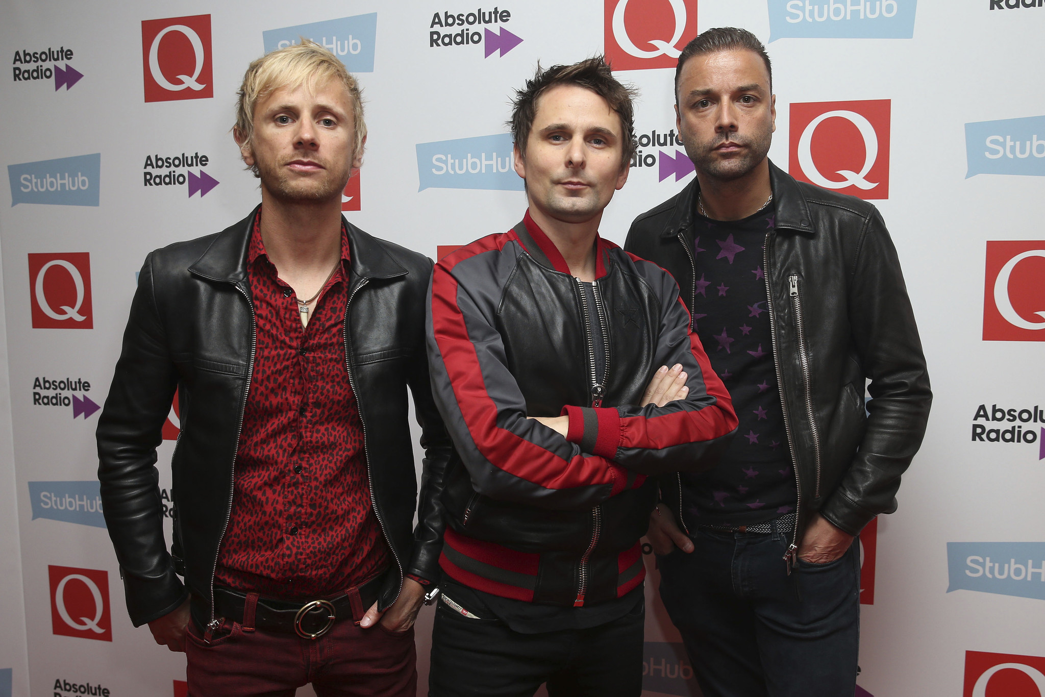 Muse frontman claims band will be a Lollapalooza 2017 ...